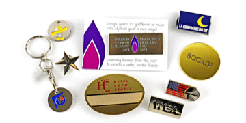Badges éstampés avec émail